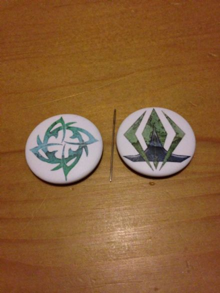 Out of Orbit Nsiloq Needle Minders